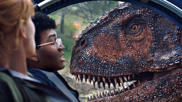 'Jurassic World: Fallen Kingdom' is easy going summer fun